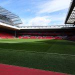 アンフィールド・スタジアム(Anfield Stadium)ピッチから
